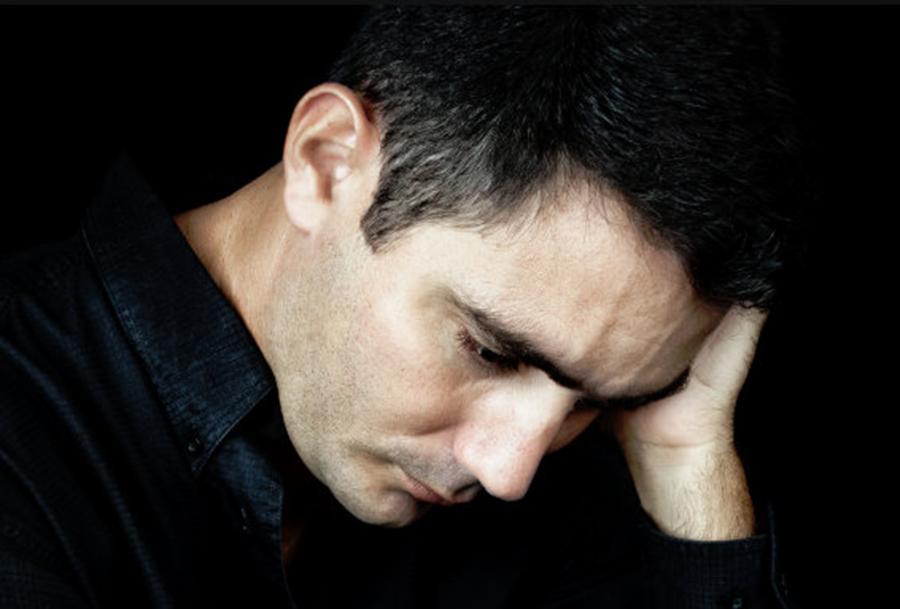 Psihologii avertizează: Sănătatea psihică este mai importantă decât cariera