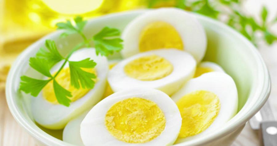 7 Vitamine esențiale de care nu te poți lipsi, dacă ai împlinit 40 de ani